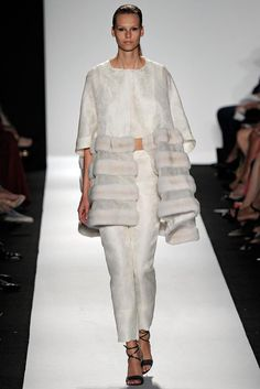 Dennis Basso Spring 2015 Ready-to-Wear - Collection - Gallery - Look 1 - Style.com