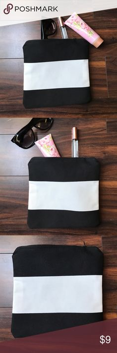 """Black and white zipper pouch Perfect for all your small items in your purse. 100% cotton. Length and width 8"""". Handmade, NWOT. Mabel Rose Bags"""