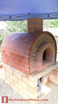 Trendy diy outdoor fireplace plans how to build brick ovens Ideas Build A Playhouse, Wooden Playhouse, Woodworking Projects, Wood Projects, Woodworking Furniture, Easy Diy Projects, Woodworking Videos, Woodworking Equipment, Woodworking Nightstand