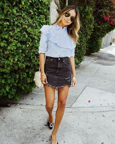 Casual stroll in our Seli Top. | shopsincerelyjules.com
