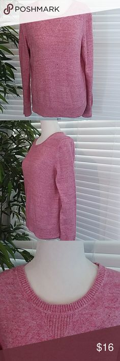 """GAP Pink and White Marled Crew Neck Sweater GAP Pink and White Marled Sweater. Crew Neck. 100% Cotton. Loose Fitting. Very Comfortable and Warm. All measurements are appoximate laying flat and unstretched. Armpit to Armpit 20"""". Shoulder to Hem 23"""". Shoulder to Cuff 25"""". Armpit to Cuff 18"""". Size M GAP Sweaters Crew & Scoop Necks"""