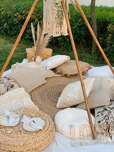 Picnic Theme, Picnic Birthday, Picnic Set, Beach Picnic, Picnic Ideas, Boho Garden Party, Bohemian Party, Comida Picnic, Picnic Decorations