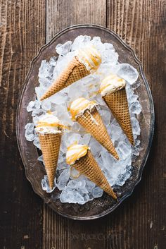 Easy Caramel Macchiato Ice Cream Recipe : No Churn and just 5 ingredients / @whiteonrice