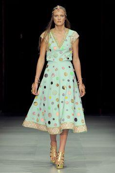 Manish Arora Spring 2013 Ready-to-Wear Fashion Show - Ashtyn Franklin (NEXT)
