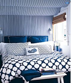 cobalt blue. I think I can incorperate this into my new bedding!
