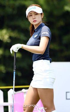 Girls Golf, Ladies Golf, S Girls, Girl Golf Outfit, Cute Golf Outfit, Sexy Golf, Tennis Fashion, Polo Shirt Women, Asia Girl