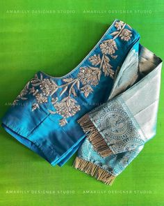 Source by vijaymalabharat designs latest Best Blouse Designs, Bridal Blouse Designs, Pattu Saree Blouse Designs, Designer Blouse Patterns, Design Patterns, Stylish Blouse Design, Work Blouse, Sarees, Lehenga