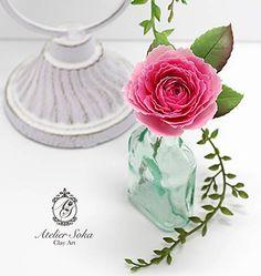 (株)パジコさんのモデナで作りました。(*^.^*) 花びらの多いバラは時間がかかりますが、大好きなお花なので楽しみながら作っています。 母のバラがたくさん咲き始めました。 蕾みもいっぱいつけているので、毎朝、咲いてる咲いてる!!と開花したてのバラを見て喜んでいます。♪【...