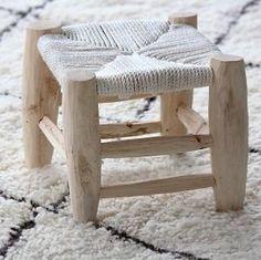 Tabouret Marocain, faits main en bois de laurier et feuille de palmier ou en corde coton