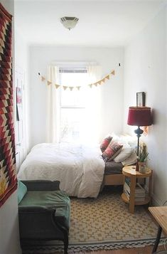 Cozy Bedroom Ideas for Small Spaces . 37 Fresh Cozy Bedroom Ideas for Small Spaces . 92 Elegant Cozy Bedroom Ideas with Small Spaces Small Spaces, Interior, Home, Small Apartment Bedrooms, Bedroom Design, Room Inspiration, House Interior, Bedroom Inspirations, Small Space Bedroom