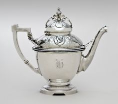 Teapot Wood & Hughes, New York c. 1865
