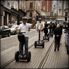 [2011 - Porto / Oporto - Portugal] #fotografia #fotografias #photography #foto #fotos #photo #photos #local #locais #locals #cidade #cidades #ciudad #ciudades #city #cities #europa #europe  #pessoa #pessoas #persona #personas #people #street #streetview #31 de janeiro #segwai #baixa #baja #downtown @visitportugal @etuga  @webookporto @oportocool @oportolobers