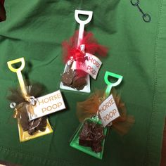 """Which way did they go!"" Ambling Henry with Yellow Shovel carrying Chocolate and Toffee Bark - Derby Gifts"