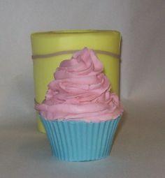 Soap Swirl Cupcake- looks so real!
