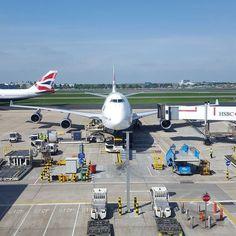 By mackyvr on Instagram: British Airways B747 loading cargo