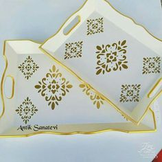 Small Canvas Paintings, Painted Trays, Canvas Wall Decor, Wood Tray, Diy Wood Projects, Mandala Design, Furniture Makeover, Painting On Wood, Stencils