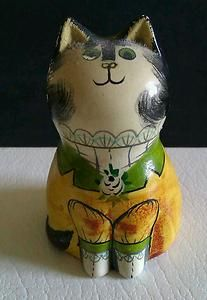 Joan-de-Bethel-small-ceramic-Cat Crazy Cat Lady, Crazy Cats, Bowser, Animals, Fictional Characters, Art, Art Background, Animales, Animaux