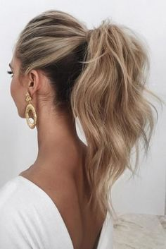 high ponytail hairstyles Awesome Curly Wedding Hairstyles To Fall In Love With wedding hairstyles for curly hair simple high blonde ponytail saasha_burns Prom Ponytail Hairstyles, Blonde Ponytail, Diy Hairstyles, Straight Hairstyles, Puff Ponytail, Hairstyle Ideas, Formal Ponytail, Ponytail Haircut, Formal Hairstyles