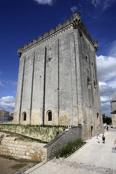 Dungeon Pons [c.1187], the 33m high old tower of the castle of Pons, is located in the town of Pons in Charente-Maritime &  is the finest example of Romanesque palace dungeon of western France...
