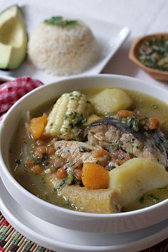 Caribbean Vegetable Stew is a healthy food and great for dieters, but it is also so tasty that non-dieters are going to love it, too. Lunch Recipes, Mexican Food Recipes, Soup Recipes, Cooking Recipes, Healthy Recipes, Ethnic Recipes, My Colombian Recipes, Colombian Cuisine, Venezuelan Food