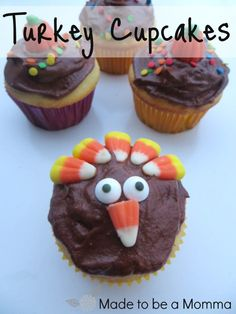 Turkey Cupcakes. Simple, easy and cute! Have the kids decorate their own.