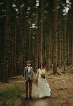 j-crew-wedding-dress-netherlands-real-wedding-provincial-backyard-bbq4