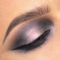 Details  Makeup by @lindahallbergs  eyeshadows: #Madreperla • #LilacWonder • #Moonrise  #NABLA #NablaCosmetics #veganmakeup