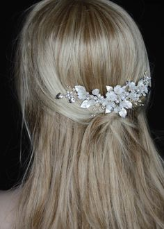 bridal headpieces A majestic headpiece of refined sophistication, the Harlow floral bridal headpiece is regal, enchanted and exquisite in every way. Designed to frame a wedding updo Floral Headpiece, Headpiece Wedding, Wedding Updo, Bridal Headpieces, Loose Hairstyles, Wedding Hairstyles, Everyday Hairstyles, Formal Hairstyles, Ponytail Hairstyles