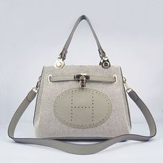 4a22b4209152 luxury fendi purses off sale Designer Handbags Online