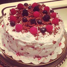 Yum Yum All Vegan Cake!