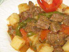 10 Delicious Reasons to Try Hungarian Food: Hungarian Beef Goulash - Marha Gulas