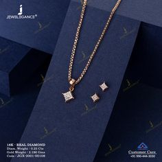 Beauty ascend the adorable diamonds. Gold Temple Jewellery, Gold Jewellery Design, Gold Jewelry, Women Jewelry, Pendant Set, Diamond Pendant, Famous Warriors, Pearl Necklace Designs, Gold Ring Designs