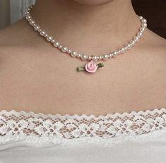 Cute Jewelry, Beaded Jewelry, Jewelry Accessories, Handmade Jewelry, Rose Necklace, White Necklace, Pretty In Pink, Jewelery, Girly