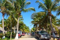 Beginner Surf & Yoga camp in Puerto-Escondido, Mexico  #Surfcamp #Yogaretreat #Mexico #befinnersurf #Yoga #PuertoEscondido #BeautifulBeach