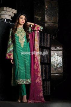 Crescent Lawn Eid 2012 Latest Collection By Faraz Mannan http://style.pk/crescent-lawn-eid-2012-latest-collection-by-faraz-mannan/