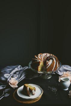 earl grey tea bundt lavender icing | le jus d'orange.