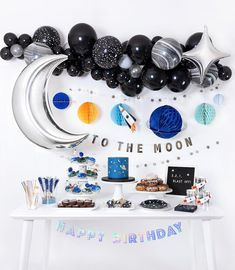 22 Ideas For Baby Boy Birthday Party Themes Astronaut Party, Astronaut Birthday Party Ideas, Moon Party, Boy Birthday Parties, Themed Parties, Parties Kids, Baby Boy Birthday Themes, Children Birthday Party Ideas, 5th Birthday Ideas For Boys