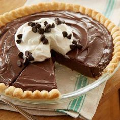 HERSHEY'S Kitchens is making baking easy with a series of how-to videos. Just click play, get baking and stop worrying. Find our full library here. Cream Pie Recipes, Tart Recipes, Baking Recipes, Baking Ideas, Free Recipes, Chocolate Pie Recipes, Chocolate Pies, Hershey Chocolate Pie, Chocolate Heaven