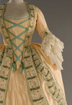 Dress from Rosa e Cornelia, in the style of  1748