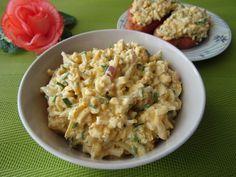 Chrzanowa pasta jajeczna z ogórkiem kiszonym Lunch Recipes, Salad Recipes, Vegetarian Recipes, Cooking Recipes, Healthy Recipes, Healthy Food, Appetizer Salads, Appetizers, Diy Food
