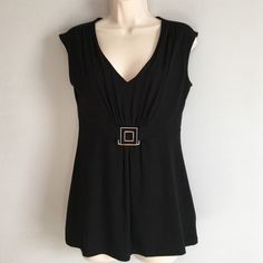 """NWOT White House Black Market- sleeveless top NWOT White House Black Market- Beautiful sleeveless top.  87% Rayon, 29% Polyester, 4% Spandex / 34"""" bust.  Thanks for looking! White House Black Market Tops"""