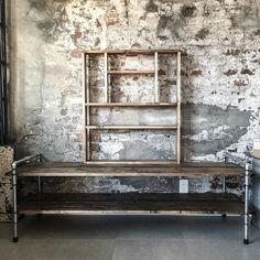 完成 ガス管ローボード1600と調味料ラック 気に入っていただけますように(ㅅ   )    #インダストリアル #男前インテリア #海外風インテリア #アトリエ #interior #atelier #studio #interiordecor #furniture #オーダー品 #ypkworks #industrial#DIY#pipefurniture by yupinoko