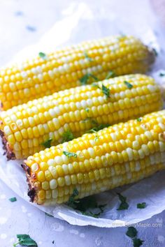 Juicy crunchy perfect air fryer corn a cob recipe. Easy and ready under 10 minutes! I promise, this will become your go to recipe for a sweet side dish corn for your air fryer. Air Fryer Oven Recipes, Air Frier Recipes, Air Fryer Dinner Recipes, Side Dish Recipes, Veggie Recipes, Cooking Recipes, Healthy Recipes, Food Dishes, Side Dishes