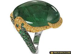 De Grisogno 45ct Cabochon Emerald Ring will remain stylish, modern and elegant even in 50 years. Price is rather spicy: USD 78K.