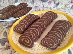 Naan, Nutella, Sausage, Food And Drink, Food Ideas, Cakes, Recipes, Candy, Cake Makers