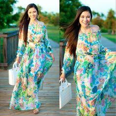 Off-The-Shoulder Floral Maxi Dress http://www.lynnegabriel.com/?p=21506