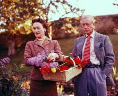 wallis simpson and prince edward  they re so cuute together