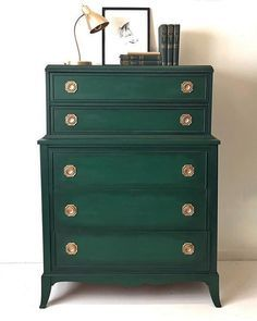 Chalk Paint®️️ by Annie Sloan in Amsterdam Green and Black Chalk Paint®️️ Wax make a stunning combination for a dresser with classic lines and antique gold hardware. Project by Second Chances by Misty.