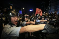 Pro-democracy protesters clashed with police on Sunday night in Admiralty, Hong Kong. (Guillaume Payen/Nurphoto/Zuma Press)