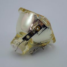 58.90$  Watch now - http://ali3fp.worldwells.pw/go.php?t=32522343032 - Projector bulb TLPLW3 for TOSHIBA TDP-T80 / TDP-T90 / TDP-T91 / TDP-T98 / TDP-TW90 with Japan phoenix original lamp burner 58.90$